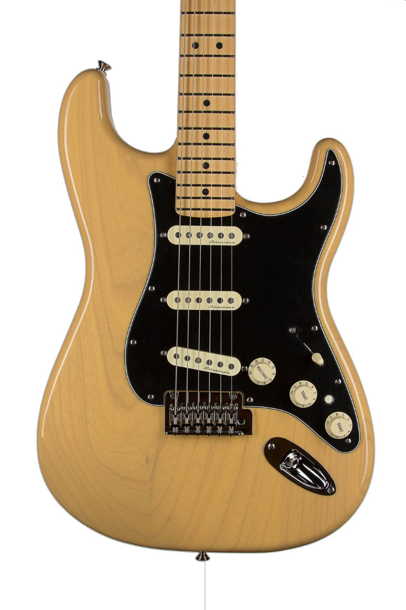 fender deluxe stratocaster vintage blonde with maple